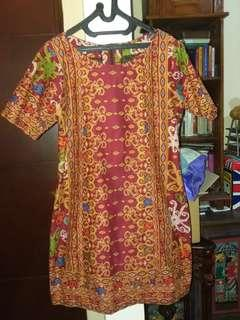 Batik kalimantan maroon dress