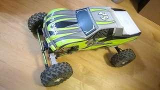 1/10 Rock Crawler 雙摩打搖控攀爬車 加送Land Rover 透明車壳一個(多谷)