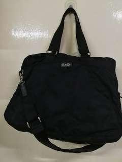 95%new傘仔牌黑色側背大袋(有長帶)男女可用Bag shoulder bag