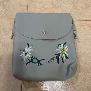🚚 Korean Style Sling Bag