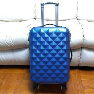 """全新21吋寶石藍色行李箱 100% New 21"""" Sapphire Blue Luggage 💎✈️💙"""