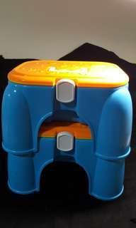 🚚 玩具椅