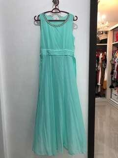 Tiffany blue sleeveless dinner dress / evening gown
