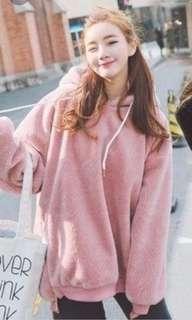 粉色絨質寬鬆衛衣
