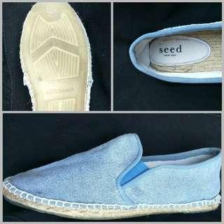 Seed 38 Espradills (slip on shoes)