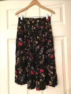 Vintage high-waisted skirt
