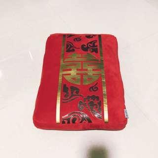 Angbao wedding pillow
