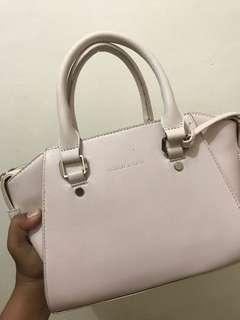 Charles&Keith Pink