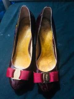 Super sale! Pre loved Ferragamo pump