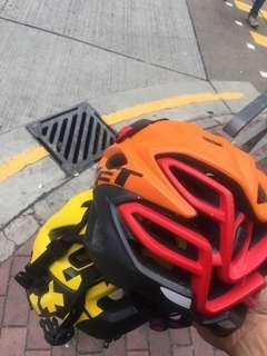 單車頭盔99%新2個一齊