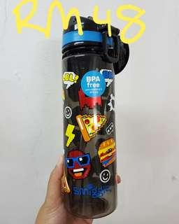New Smiggle Water Bottle