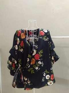 Floral top adjustable tie (buy two rm50)