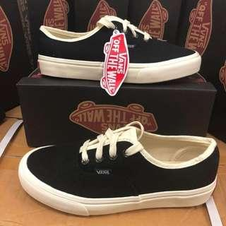 VANS FOR MENS AND WOMENS