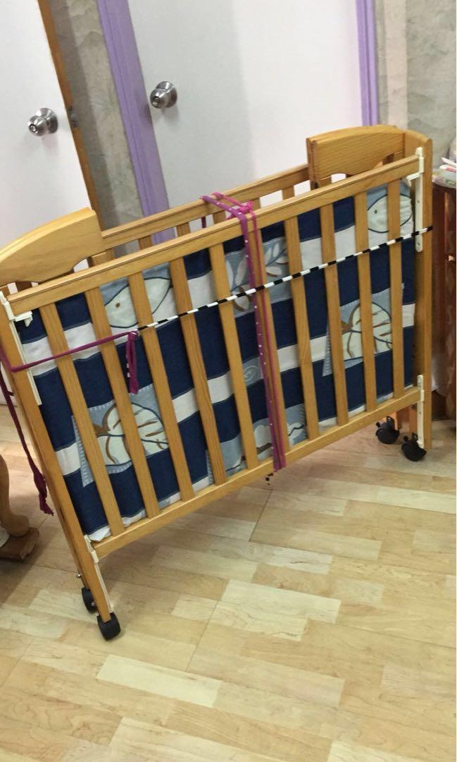 可摺嬰兒床 BB床(連床褥)