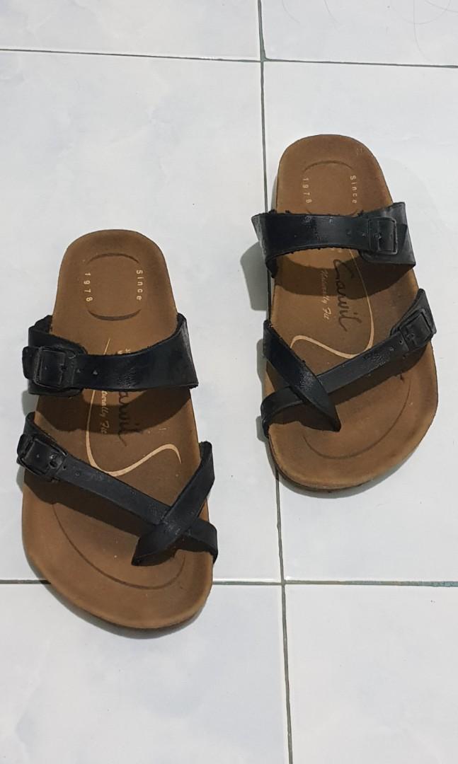 396b83a68d029 Home · Men s Fashion · Footwear · Slippers   Sandals. photo photo photo