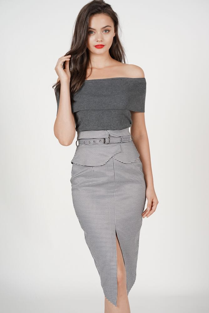 e9b1af0e5 MDS Flap-Over Pencil Skirt in Black Gingham, Women's Fashion ...