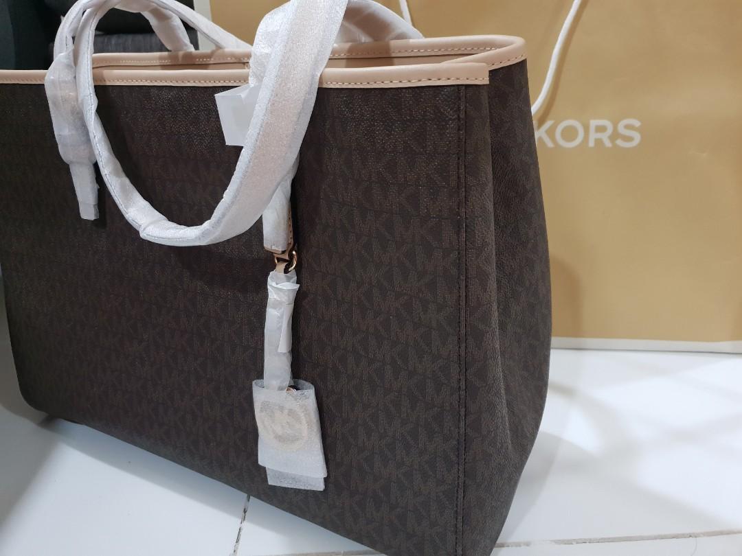 b68ea59a6b87 MK Michael Kors Tote Bag (Jet Set Travel)