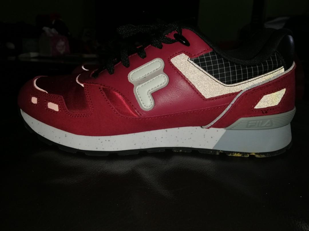 e8c93b7f41 NEW FILA Retro Jogger STAR 85, Men's Fashion, Footwear, Sneakers on  Carousell
