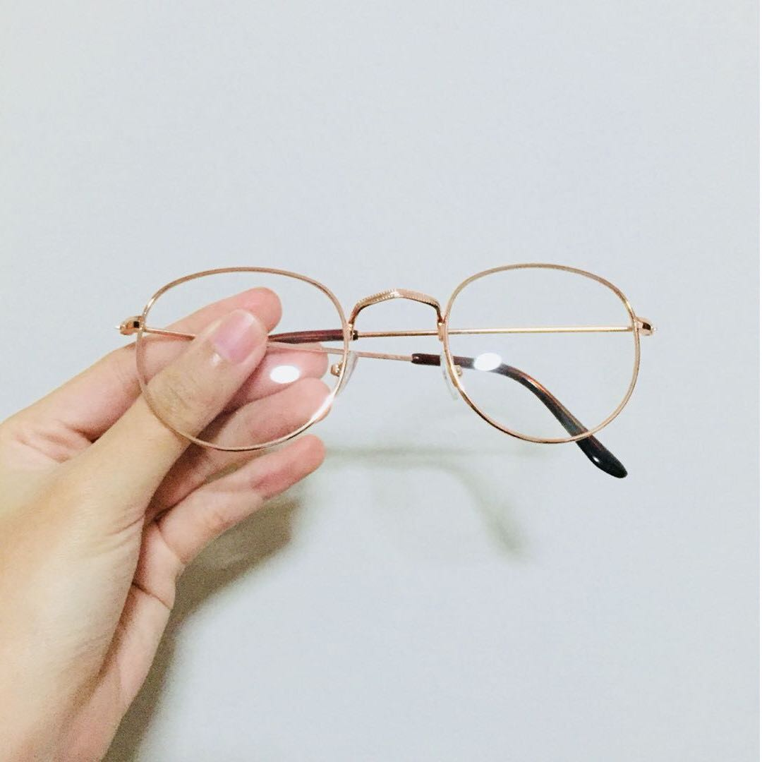 21b6494834 NEW INSTOCK) Oval round hipster gold spectacles