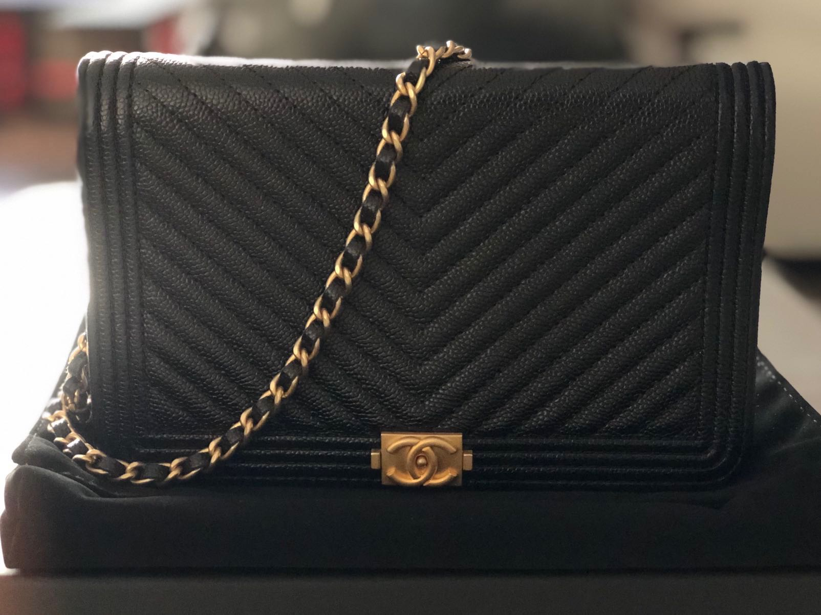 4a17d612602a NEW Limited Edition Chanel WOC Chevron in Caviar Leather, Luxury ...