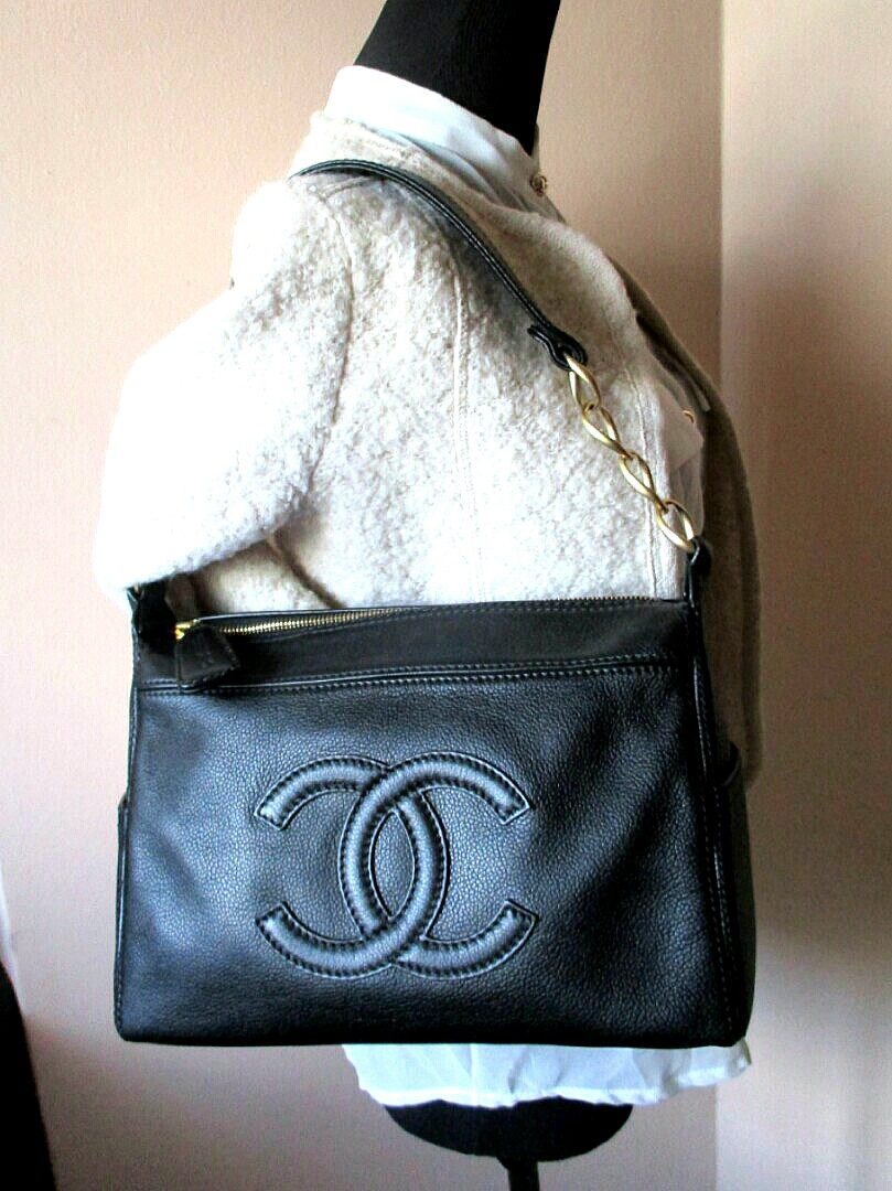 150bdc153d2e5e ❤RESERVED❤Chanel CC Logo Calf Leather Bag AUTHENTIC, Luxury, Bags ...