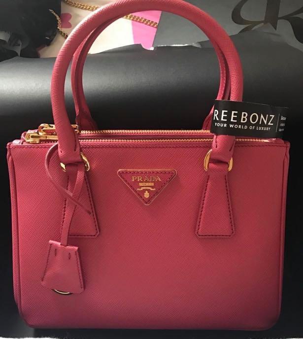 7fd2254a6a93 Prada Saffiano Lux Galleria Bag 25cm *fast deal $900*, Luxury, Bags ...