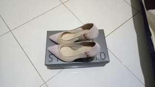 Staccato light pink suede mesh