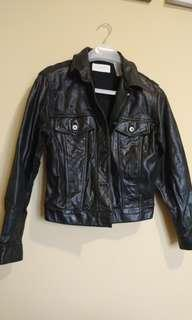 Liz Claiborne 100% leather jacket (medium)