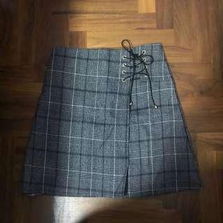 Checkered Skirt / skort