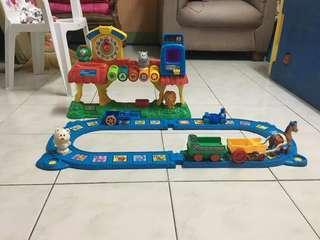 Vtech smartville interactive teaching train set