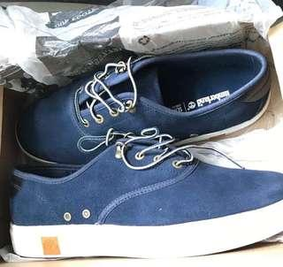 Authentic Timberland Shoes Size 9.5