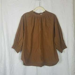 Uniqlo gathered blouse