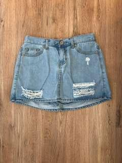 🚚 Lativ 牛仔短裙(內附短褲)