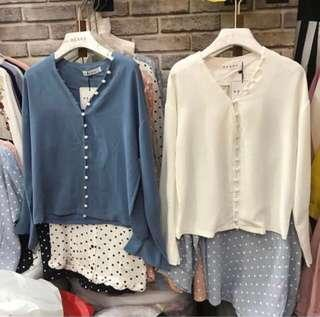 White buttons shirt