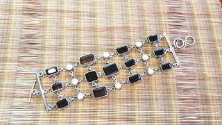 Smoky quartz and pearl silver bracelet