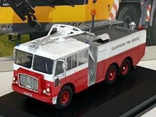 全新 Oxford Diecast 1/76 Thornycroft 紅色白頂 消防機場泡車
