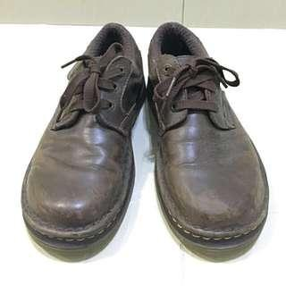 Dr. Martens Ronald Brown