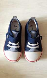 Pre-owned Shoes for Boys