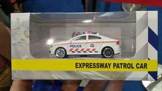 Police Expressway Patrol Car for exchange with Police Emergency Response Team Vehicle