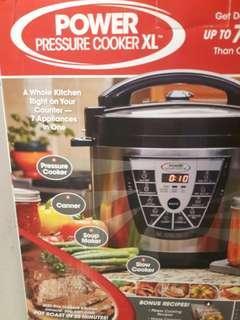 Slow/Pressure/Rice Cooker plus more 6 quart
