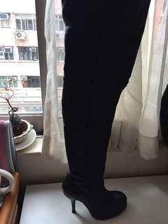 IT - Thigh height boots