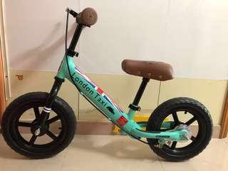 London Taxi Balance Bike 平衡單車