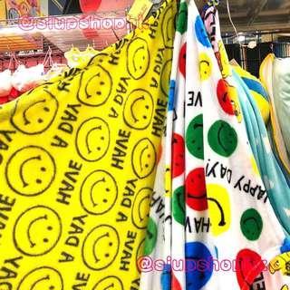 🎄聖誕禮物🎁精選🎄🔥現貨少量🔥日本直送 可愛 哈哈笑 Smile Face Fleece Blanket 👉🏻 Yellow 全黃款  ⭕️ S size - 70cm x 100cm ⭕️