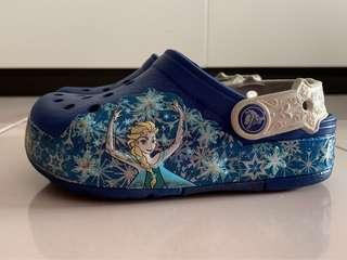 🚚 Crocs Frozen with Lights (size: C10, Just washed)