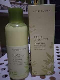 NATURE REPUBLIC green tea moisturizer isi 95%