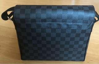 ca3fa0dd5829 Authentic Louis Vuitton District PM Damier Graphite Canvas