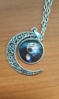 🚚 [INSTOCK] Galaxy Cabochon Necklace #Next30