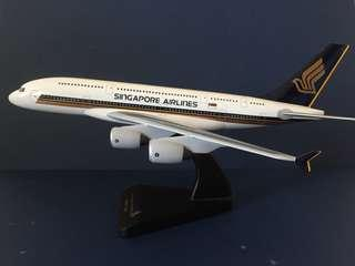 Singapore Airlines A380 Desk Top Model