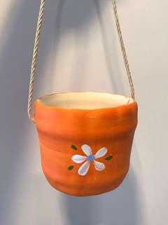 Handmade hanging pot (Orange)