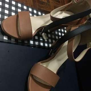 $80換購-Korea Sandal Heels 👠 Brand New